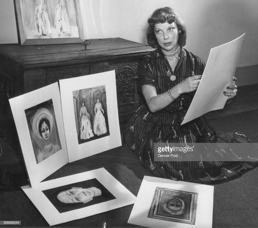 Tilly Losch with her paintings, 1952. © Denver Post/Getty Images